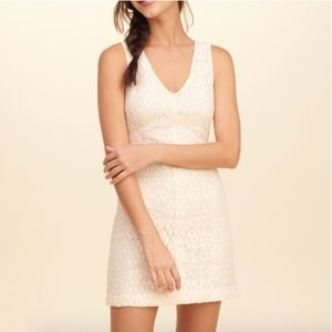Hollister Cream Lace Open Back Dress sz 3
